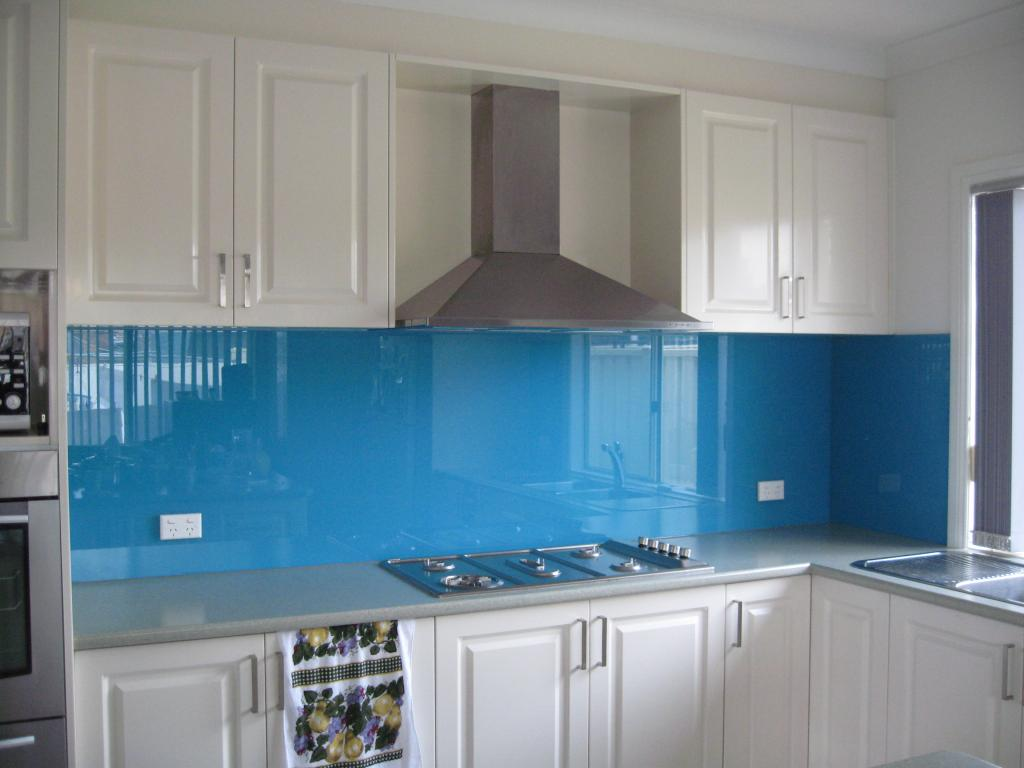 Splashbacks luxury glass solutions for Splashback tiles kitchen ideas